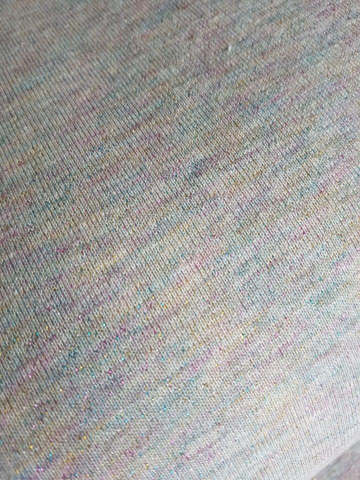 a19ab87c Lys grå/blå med pastel regnbuefarver – bomuldsisoli/jogging med glimmer/ lurex